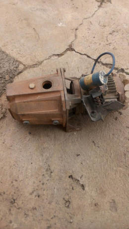 1001886640_1_644x461_old-rugged-pumping-machine-ibadan-south-west