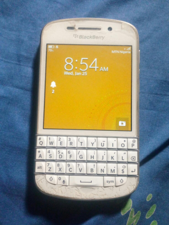 1001970318_1_644x461_never-repaired-snow-white-blackberry-q10-surulere